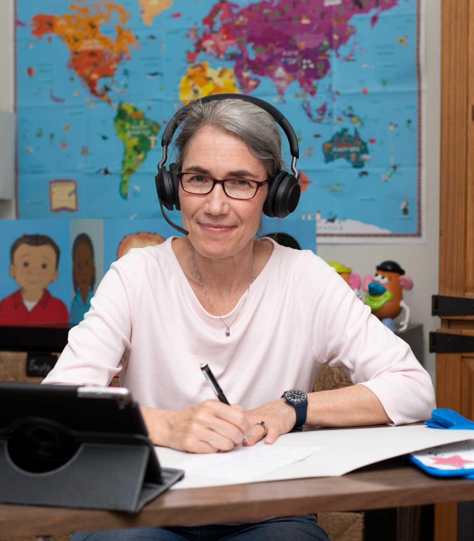 Picture of elementary school teacher Kelly Simon